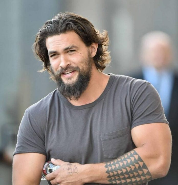 OMG! Jason Momoa's latest Instagram pictures were nothing short of thirst-quenching as the A-list action star put his amazing physique in display.