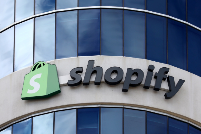 Shopify Reports Its Employees Stole Customers Information - SurgeZirc US