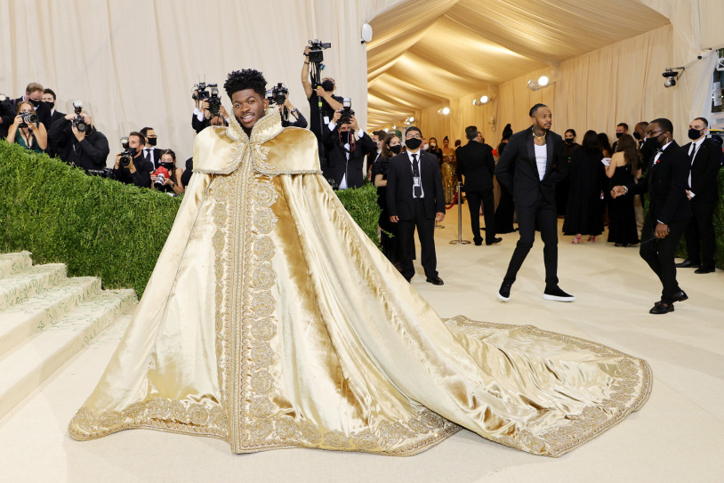 Keep Up With All Celebrity Looks From The Met Gala 2021 Red Carpet