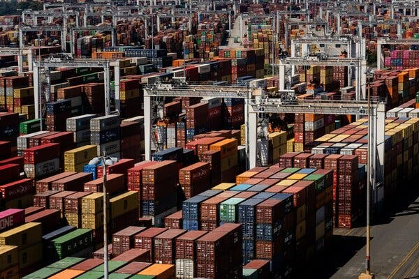 Shipping Companies To Meet With Biden Over Supply Chain