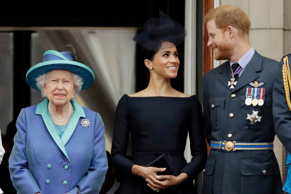 Buckingham Palace To Launch Probe Into Meghan Markle Bullying Allegations - SurgeZirc US